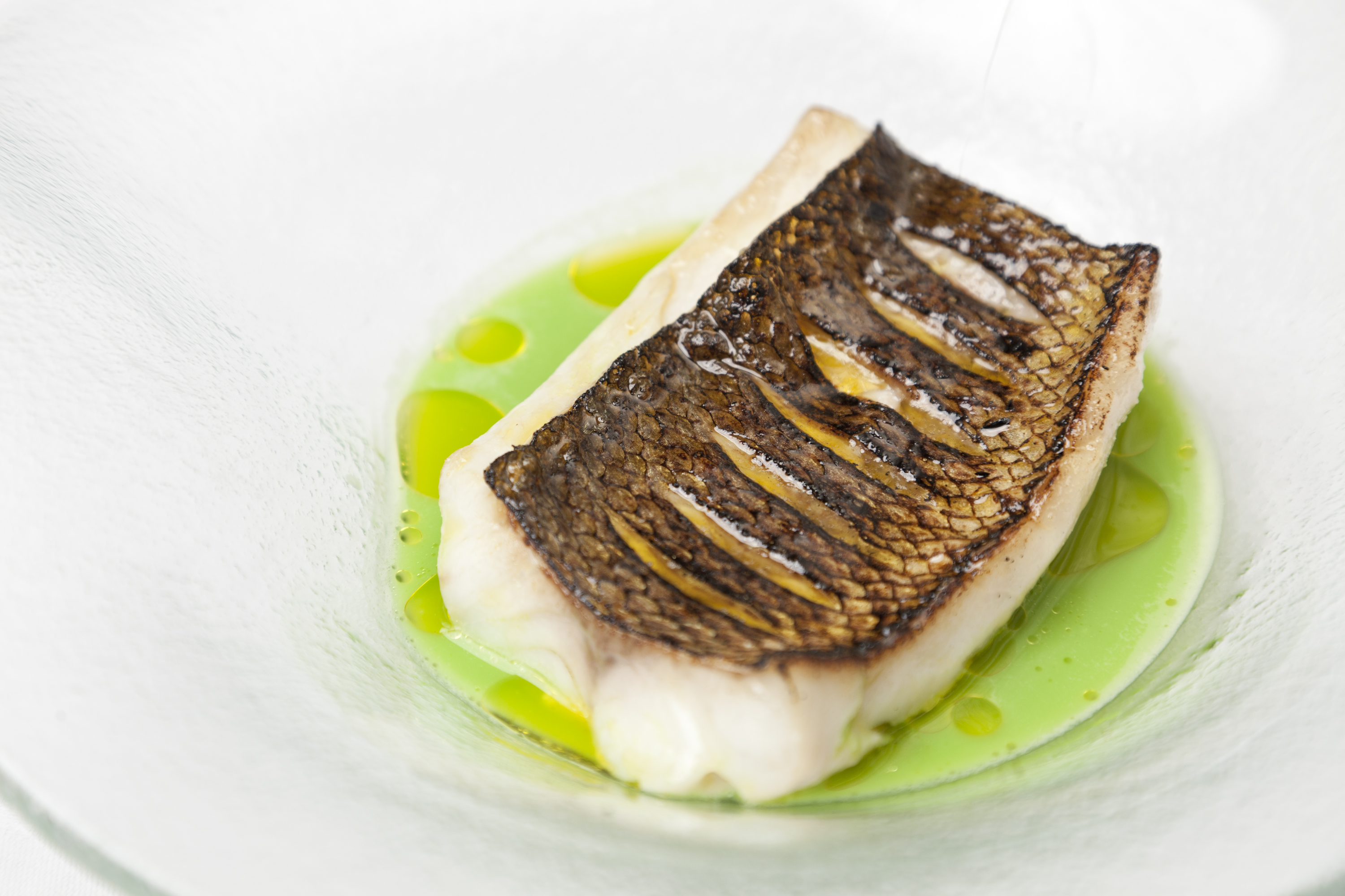 How to grill sea bass fillets great british chefs forumfinder Gallery
