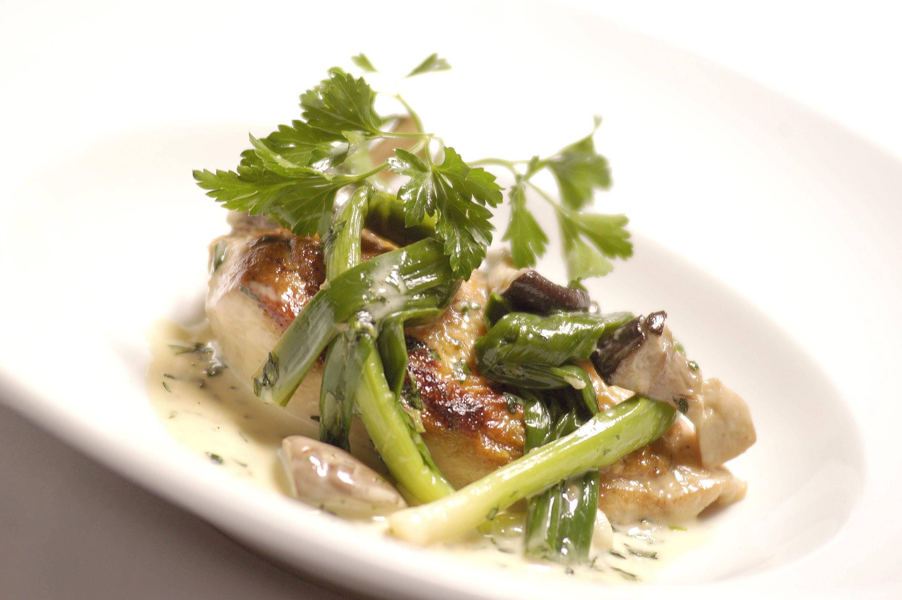 Chicken breast recipe with mushrooms leeks great british chefs forumfinder Gallery